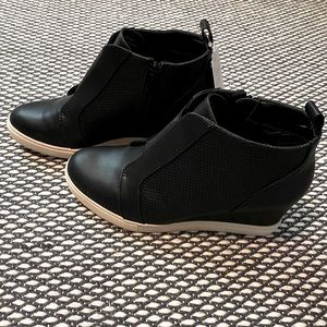 A New Day black booties white sole wedge 8.5 New